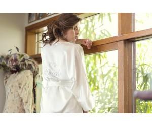 Νύφικη ρόμπα  κιμονό με στράς Bride