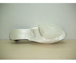 Satin slipper Marquet