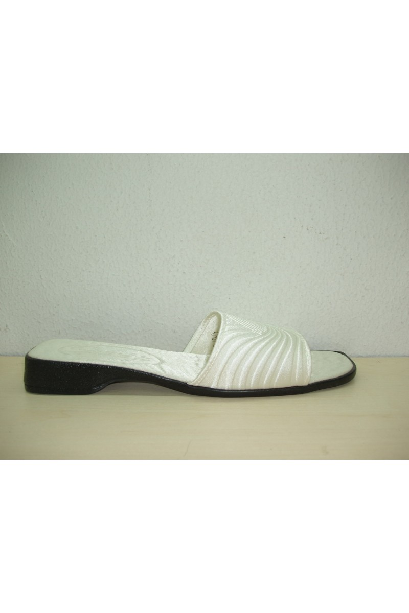 Satin slipper Marquet P